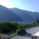 Vista del lago Idro dalla finestra del bed and breakfast